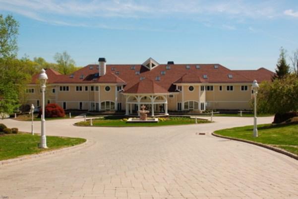 50_cent_mansion2011-med-wide