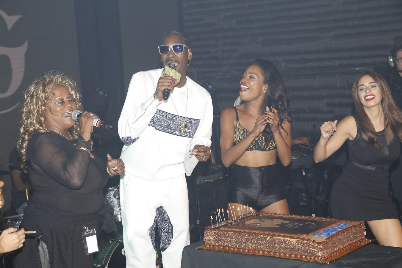 Photos Snoop Dogg Is Seen On Stage At Sir Studios In Hollywood