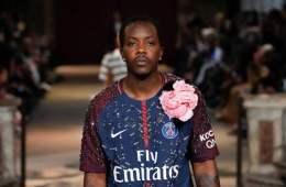 Le maillot du PSG star du défilé KOCHÉ à la Fashion Week