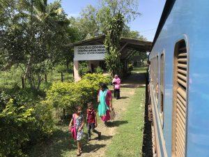 met de trein reizen in Sri Lanka