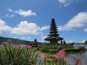 Pura-Ulun-Danau-Bratan-tempel-Bali