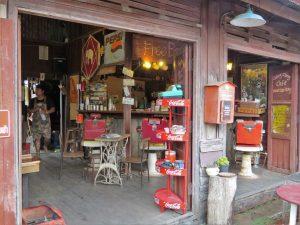 Mae Sariang cafe