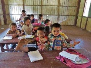 schooltje Khmu Nam Ha NP Laos