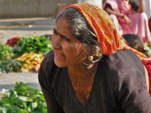 Vrouw met tattoos Diu Gujarat India