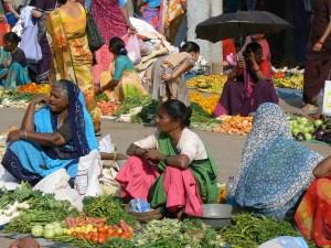 Kleurrijke markt in Diu Gujarat India