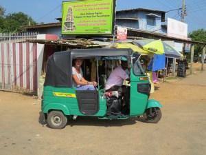 tuktuk door Sri Lanka