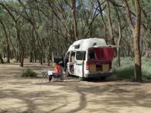 Martins-Bend-Free-campsite-Australie