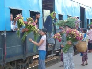 Trein-in-Myanmar
