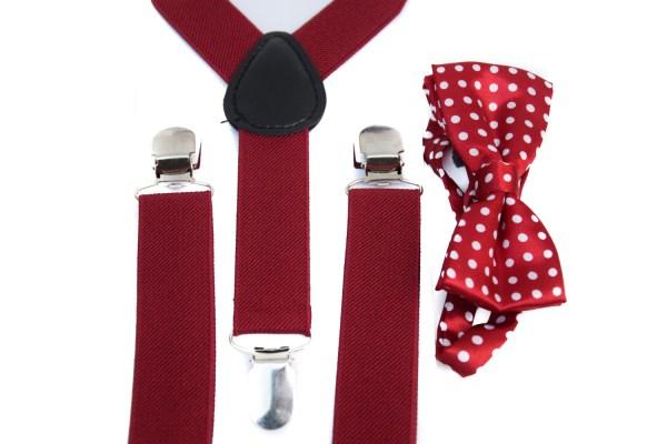 Rode bretels en een rode vlinderstrik met witte stippen voor kinderen.