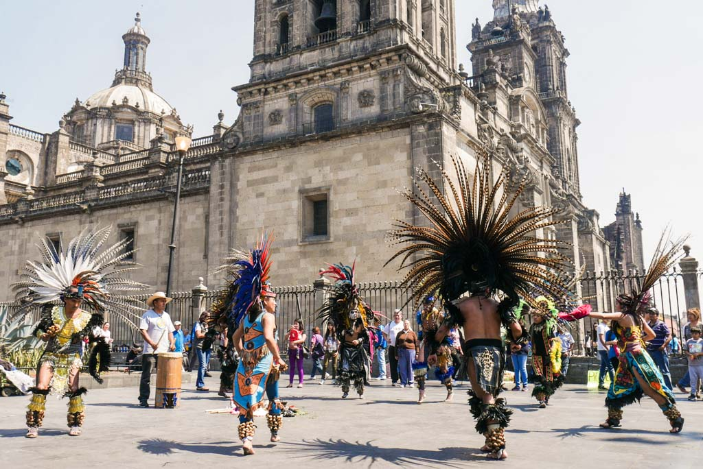 zocalo mexico city neighborhood guide