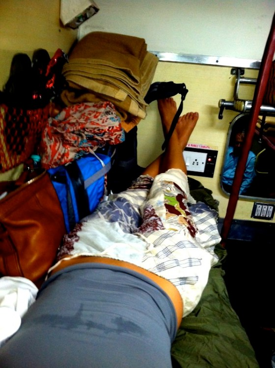 backpacking india budget, backpacking accommodation, lodging, budget travel, saving money on the road, trains, india, buses