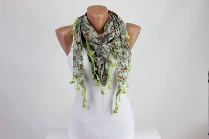 Green Triangle Scarf