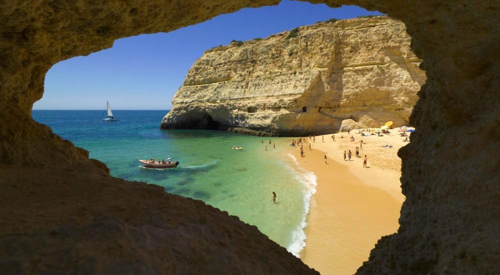 Beach-Near-Carvoeiro-Algarve-Portugal