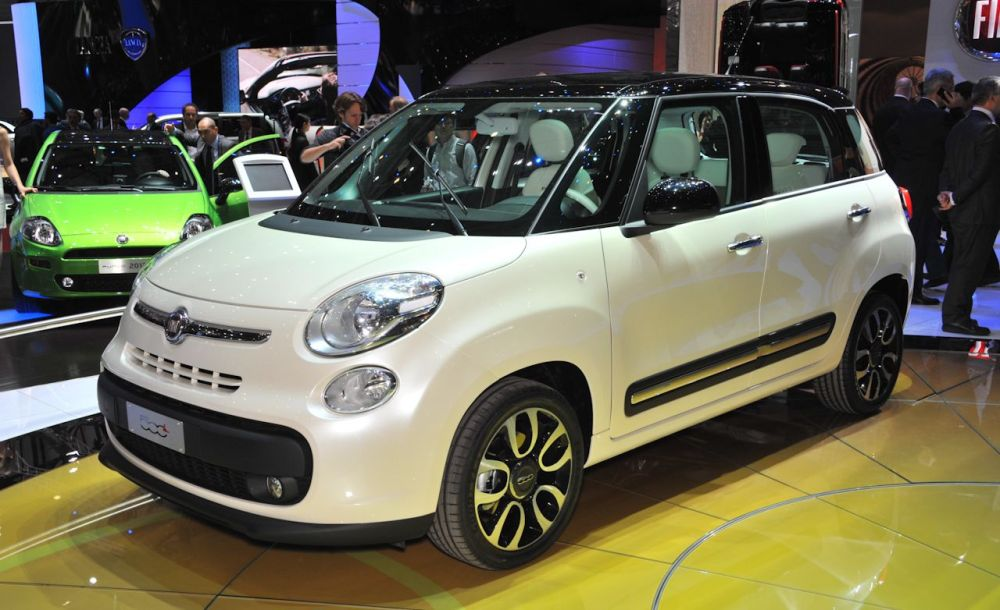 medium resolution of 2012 fiat 500 sport long term wrap up review car and driver fiat 500 abarth fuse box