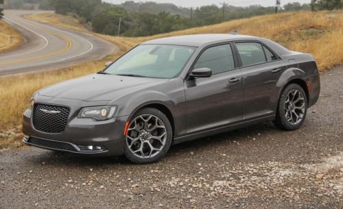 small resolution of 2015 chrysler 300 v 6 rwd awd first drive 194 172 review car and driver