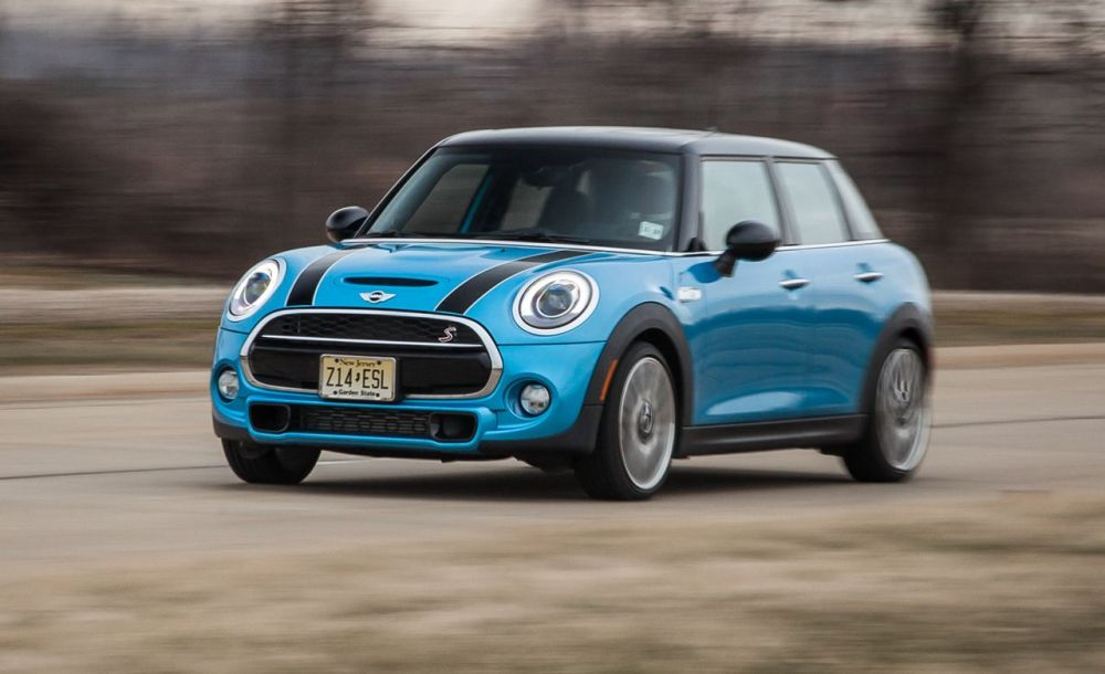 medium resolution of 2015 mini cooper s hardtop 4 door automatic test review car and driver