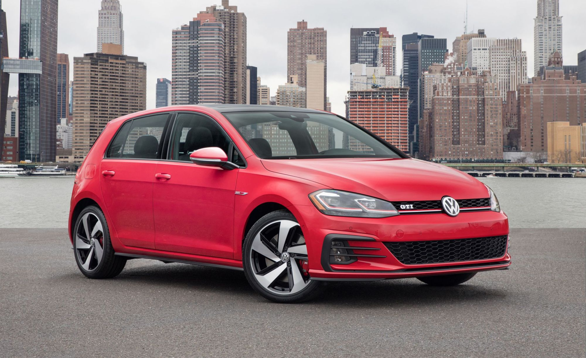 hight resolution of 2018 volkswagen golf gti and golf r photos and info 8211 news 8211 car and driver