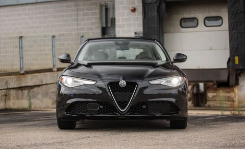 small resolution of 2017 alfa romeo giulia 2 0t rwd test review car and driver
