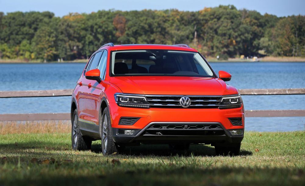 medium resolution of 2018 volkswagen tiguan first drive review car and driver