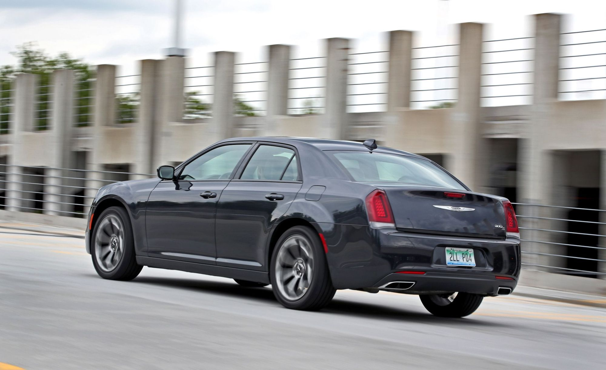 hight resolution of chrysler 300 reviews chrysler 300 price photos and specs car and driver