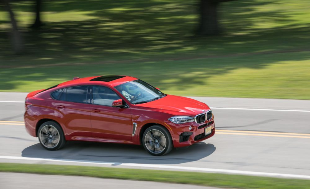 medium resolution of 2019 bmw x6 m reviews bmw x6 m price photos and specs car and driver