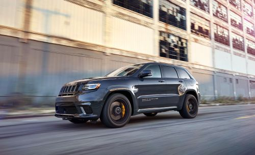small resolution of jeep grand cherokee trackhawk reviews jeep grand cherokee trackhawk price photos and specs car and driver