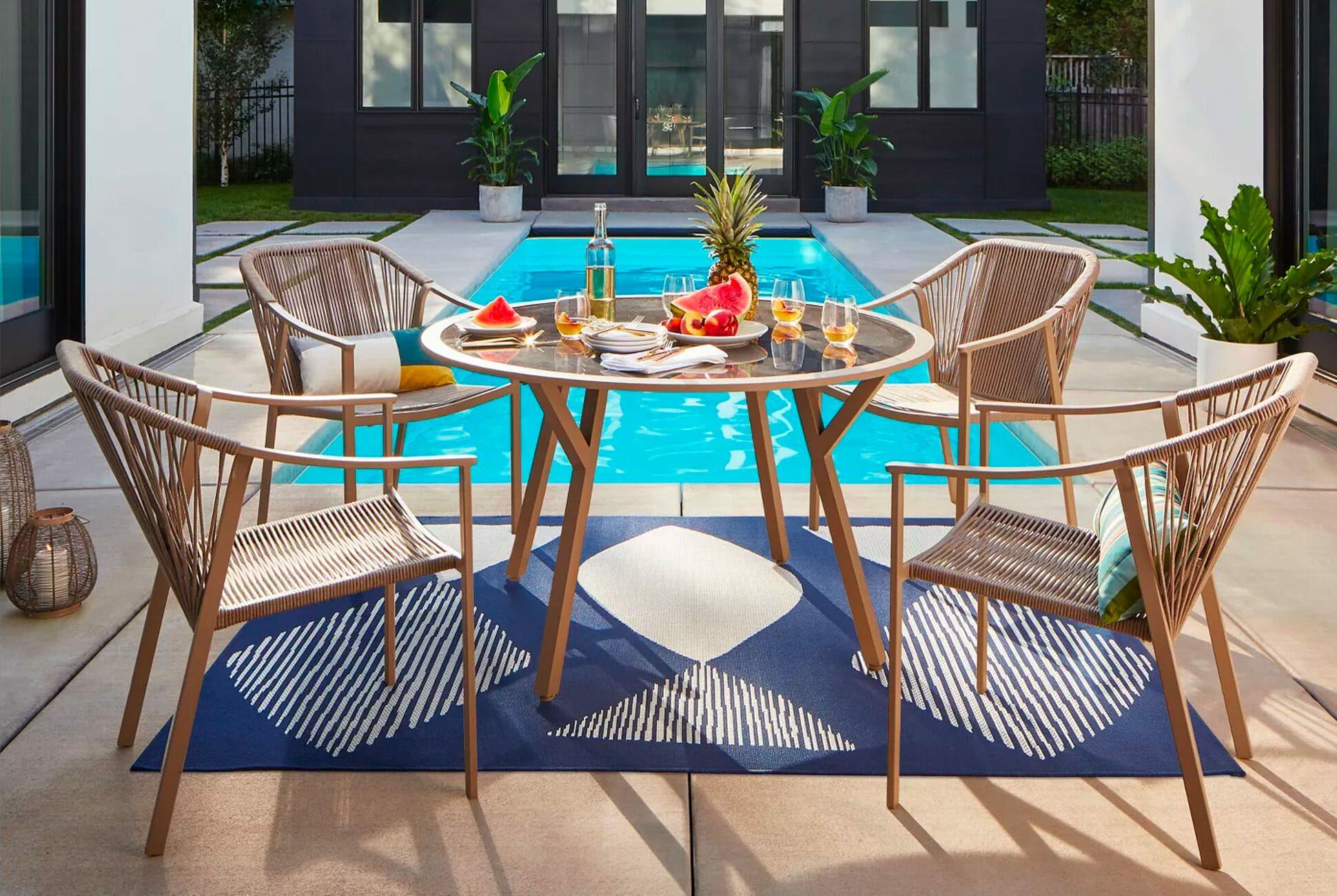 huge sale on affordable outdoor furniture
