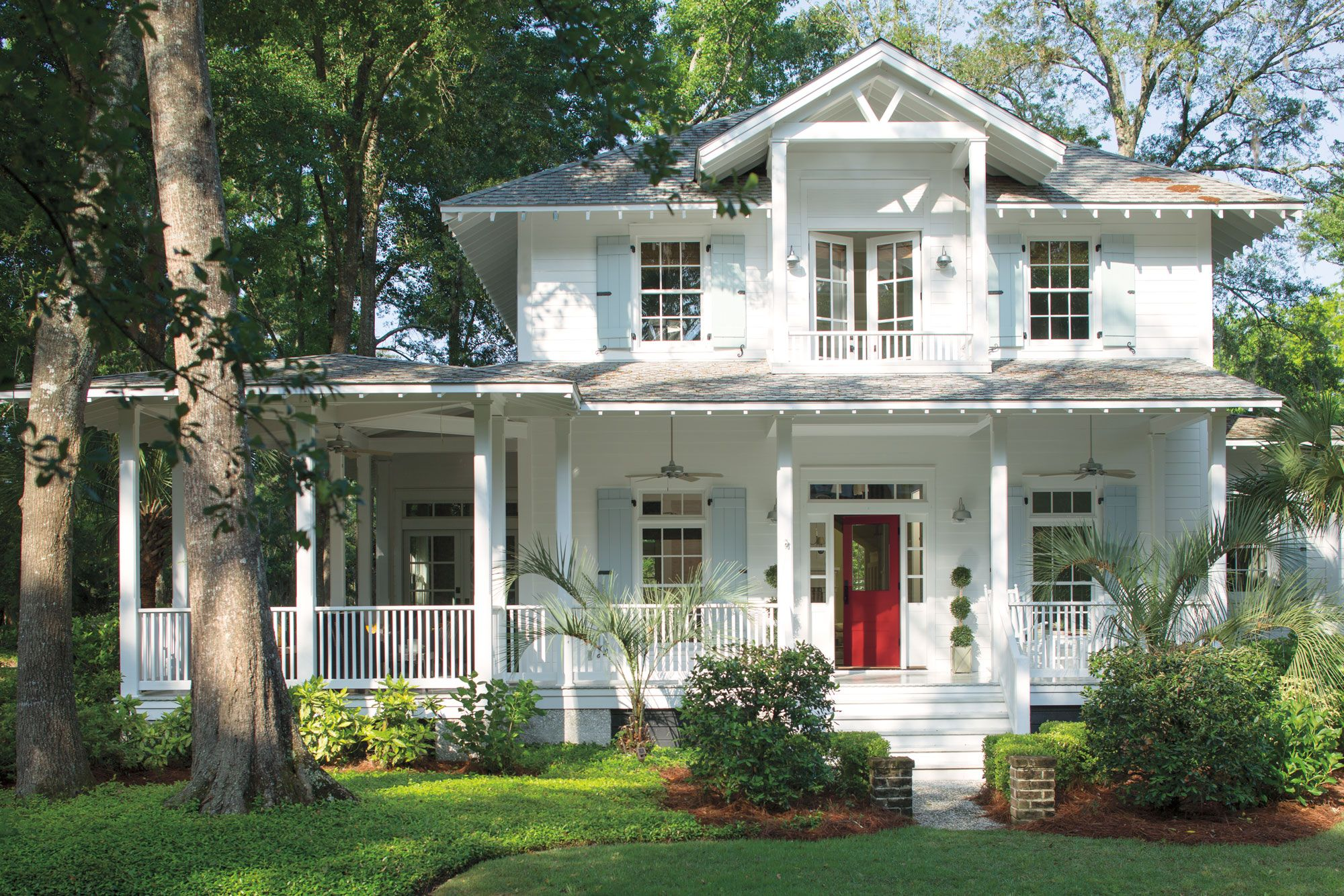 5 ways to update your porch with paint