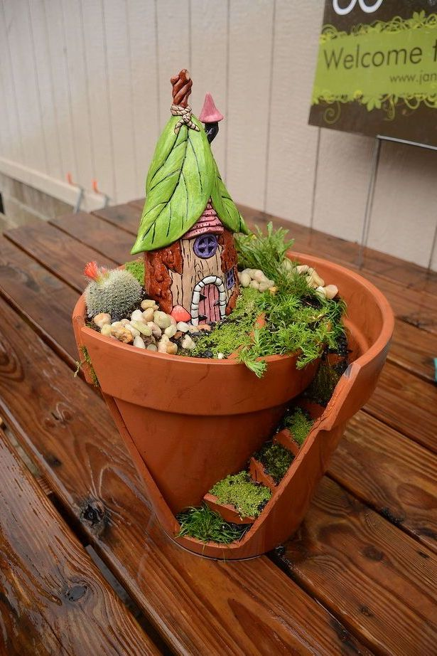 Fairy Garden Ideas: Broken pot fairy garden crafts