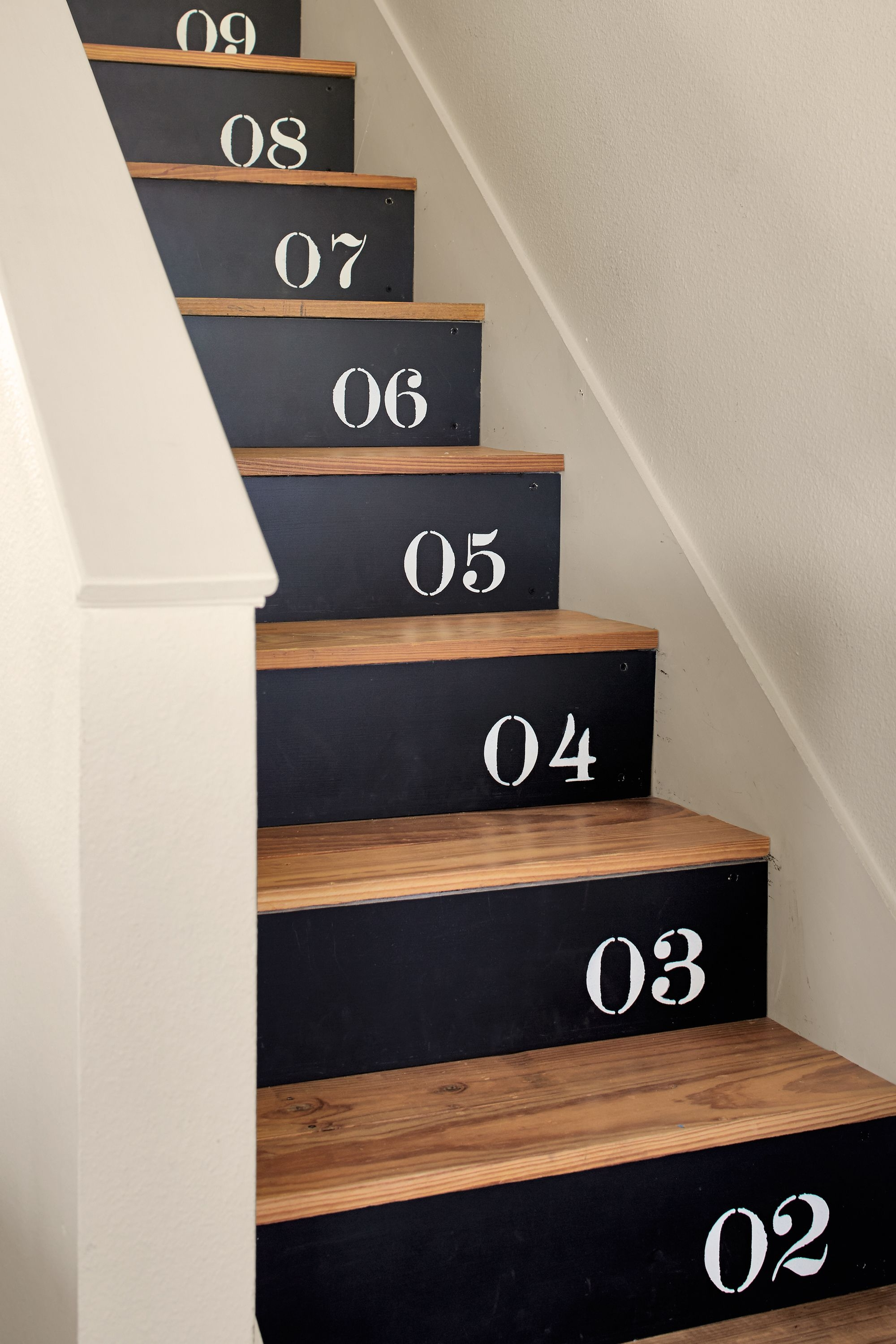 18 Pretty Painted Stairs How To Paint Stair Rails Risers And More | Dark Wood Stairs With White Risers | Wall | Beautiful Wood | Wooden | Modern | Floor
