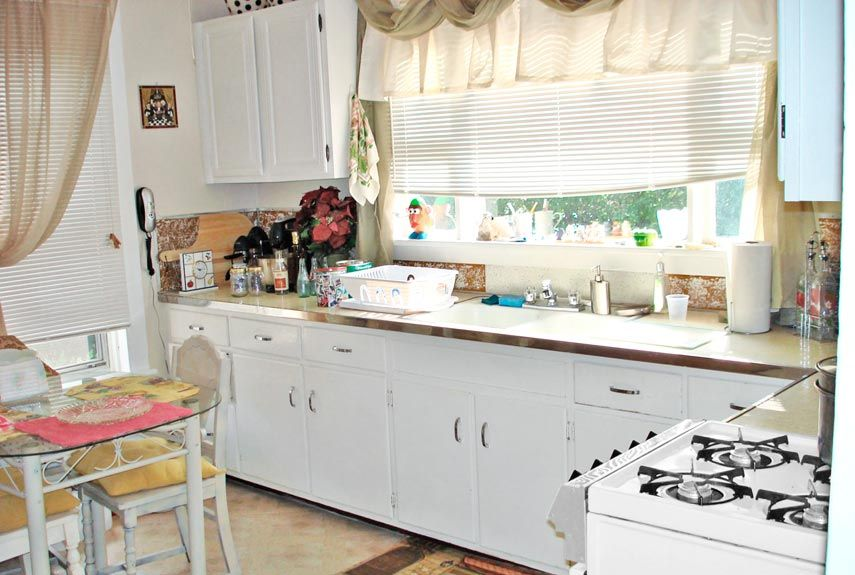 kitchen makeovers omega cabinets 22 makeover before afters remodeling ideas
