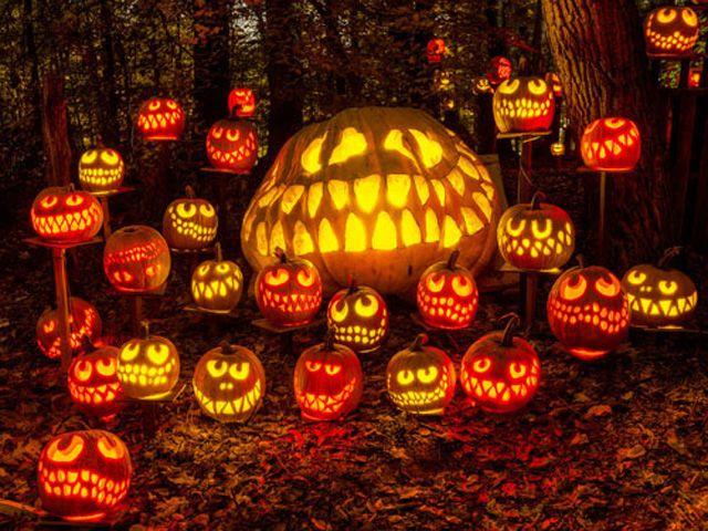 New England Fall Themed Wallpaper 20 Best Halloween Festivals 2018 Halloween Events Near Me