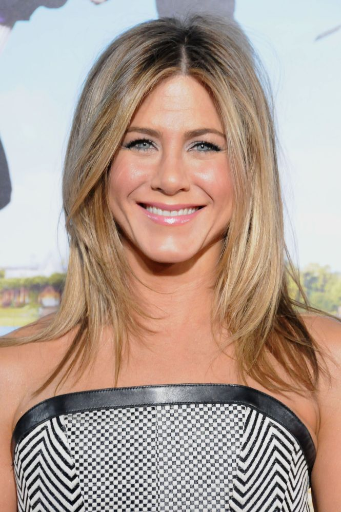 3 Types Of Hairstyles By Jennifer Aniston 2