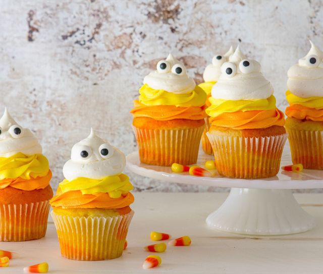Easy Halloween Desserts Recipes For Halloween Party Dessert Ideas Delish Com