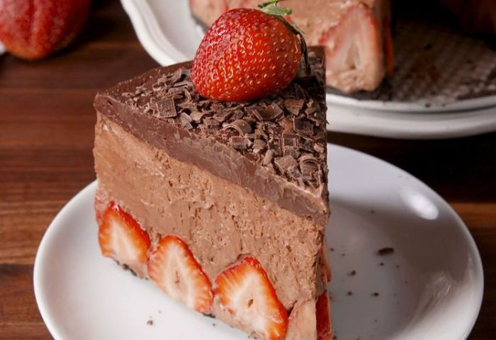 Best Strawberry Chocolate Mousse Cake Recipe How To Make
