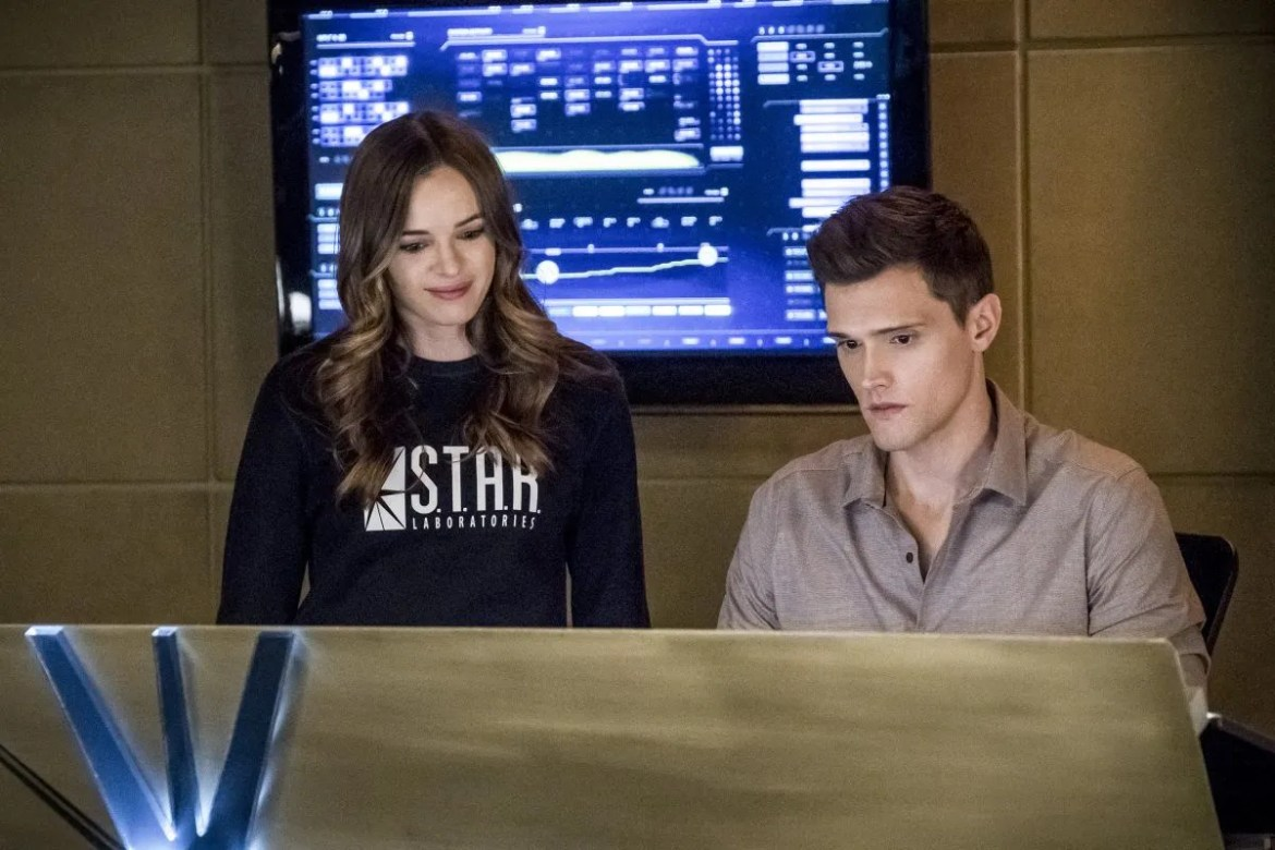 Fans Want Danielle Panabaker To Be Fired From CW Flash TV