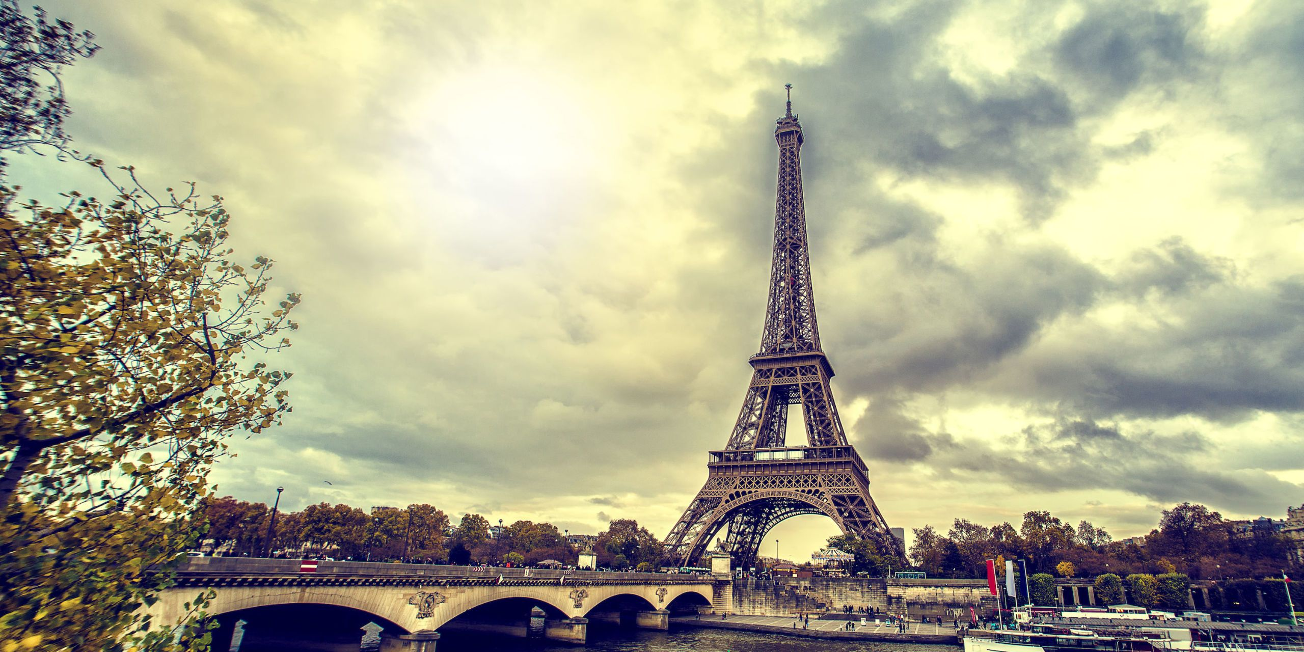 kitchen makeovers accessories the eiffel tower is getting a makeover - ...