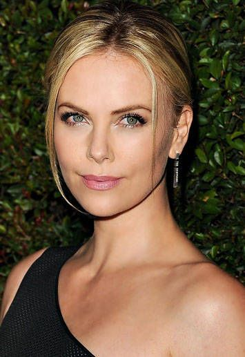 charlize theron's hair and makeup