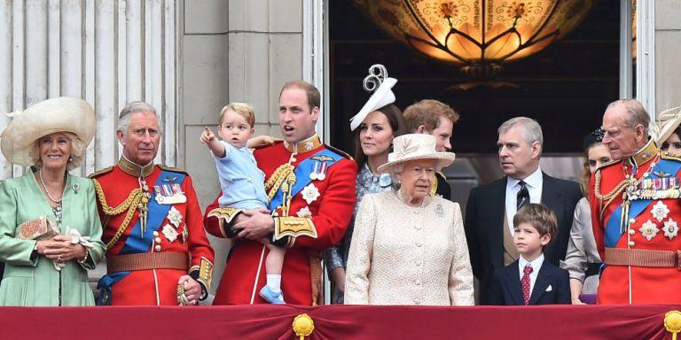 Qual  il lavoro quotidiano della Famiglia reale inglese