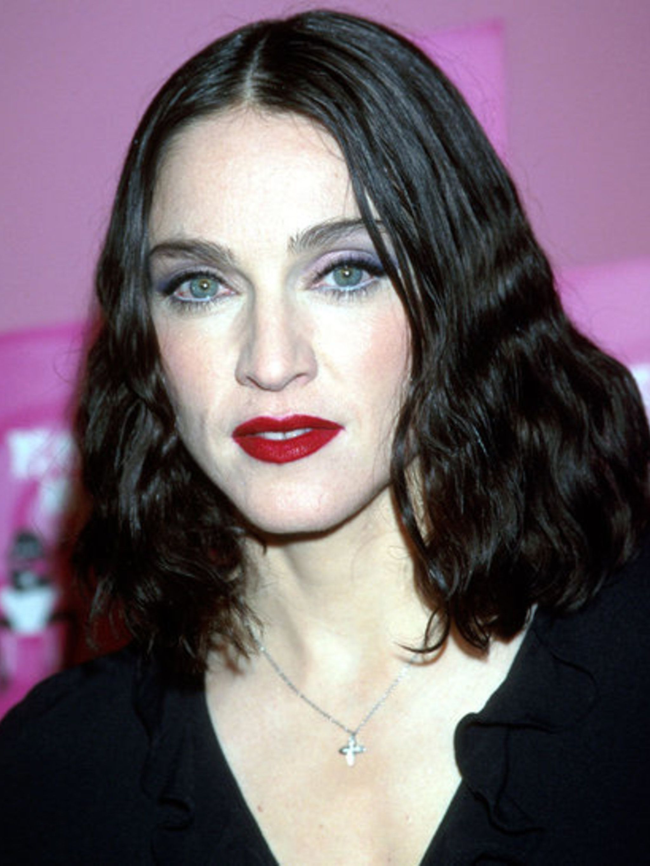 Madonna Dark Hair : madonna, Madonna's, Iconic, Beauty, Looks