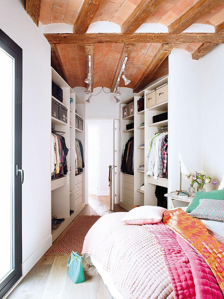Espacios pequeos no renuncies a tu vestidor