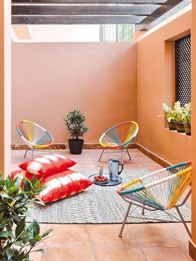 patio con vigas sillas acapulco
