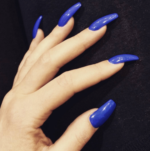 ways wear coffin shaped nails
