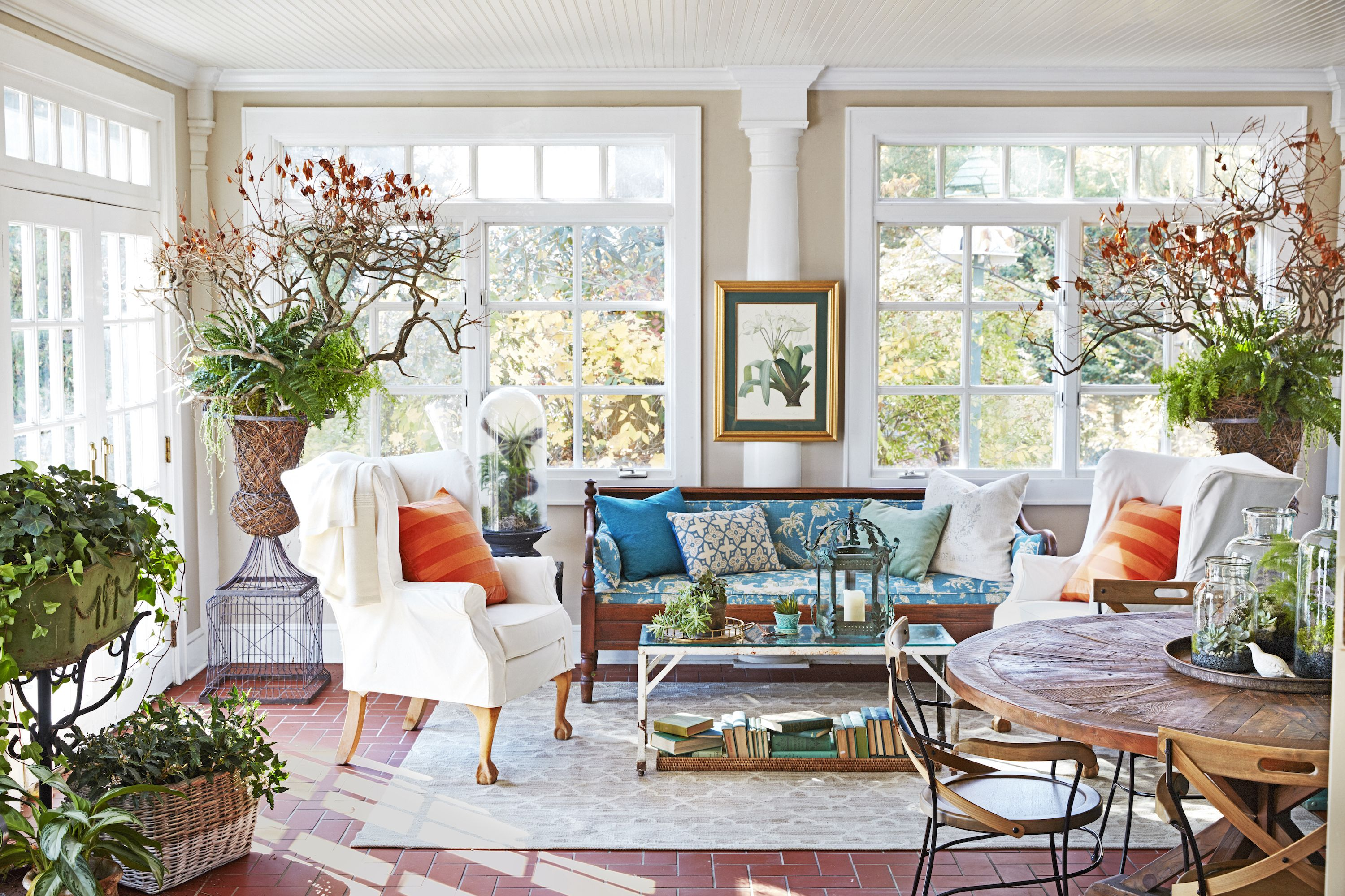 sunroom living room raymour and flanigan leather sets 10 decorating ideas best designs for sun rooms that ll brighten your space