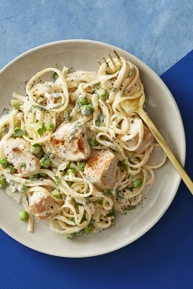 1518453480 creamy lemon chicken pasta danielle occhiogrosso - Healthy Things to Eat for Lunch -19 Healthy Lunch Ideas for You