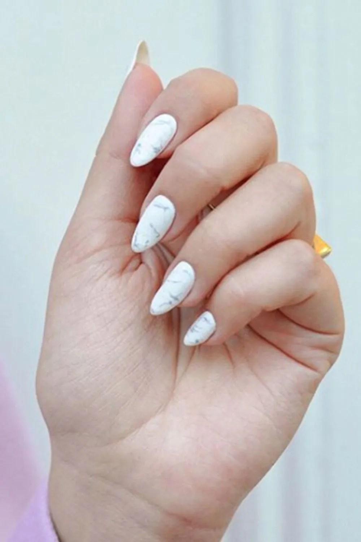 almond shaped nail design