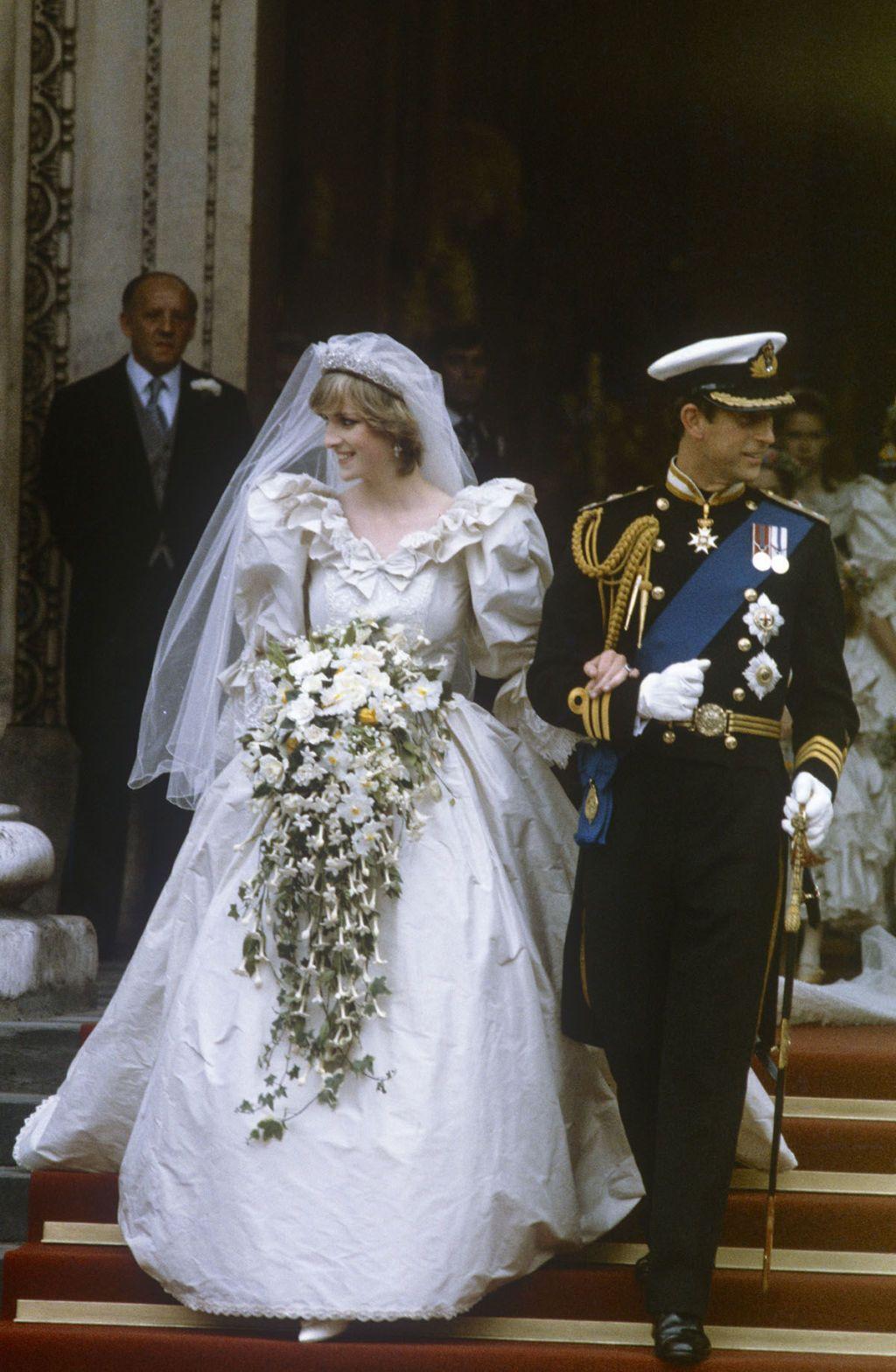 Royal family news i segreti del matrimonio di Lady Diana e il Principe Carlo