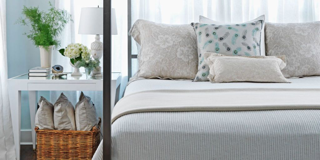 7 Quick Ways to Organize Your Bedroom This Spring