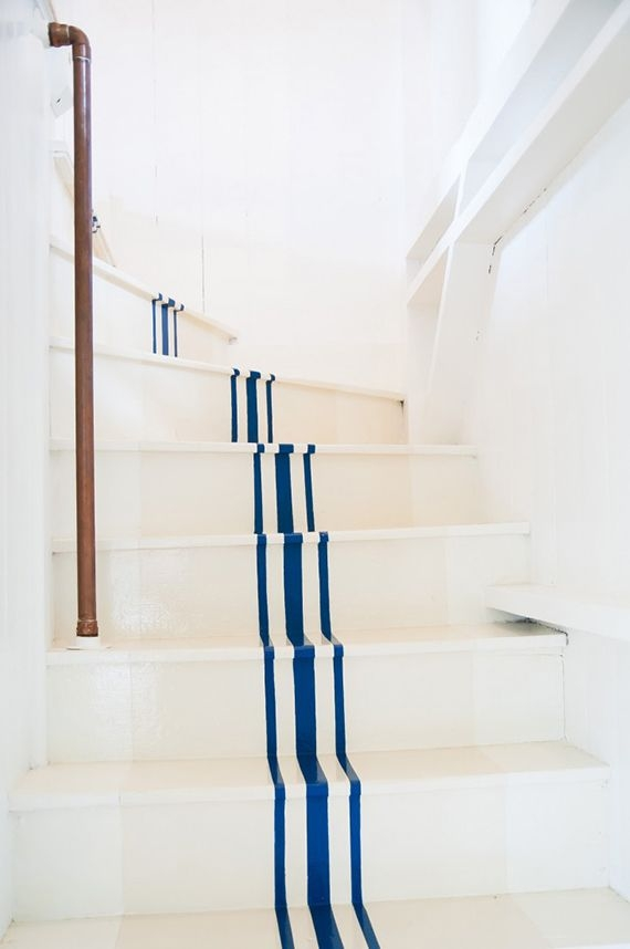 20 Staircase Decorating Ideas Stair Designs | Nautical Rope Stair Railing | Ship Rope | Closed Staircase | Cottage Style | Banister | Minimalistic