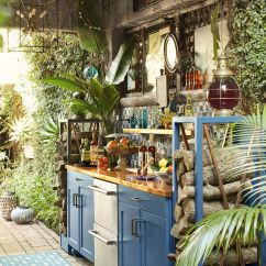 Out Door Kitchen Rug Runners Outdoor In West Hollywood Lulu Powers Backyard Bar